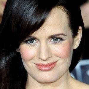 Elizabeth Reaser 4 of 10