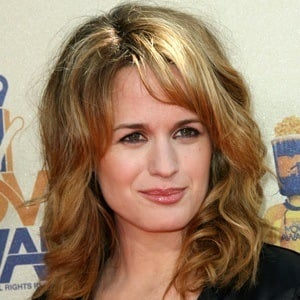 Elizabeth Reaser 8 of 10