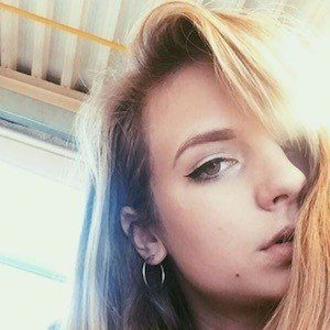 Elle Lotherington 5 of 10