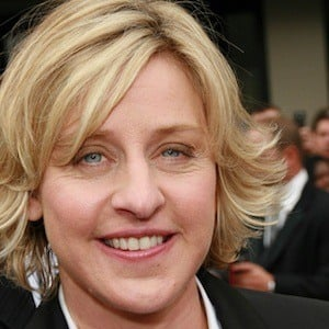 ellen degeneres bio facts family famous birthdays