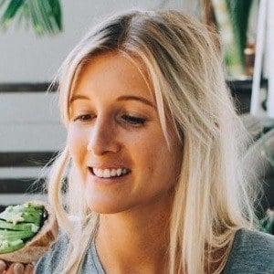 Ellie Bullen 2 of 6