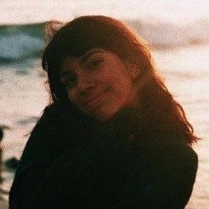 Ellie Hiyar 8 of 10