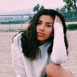 Ellie Hiyar 9 of 10
