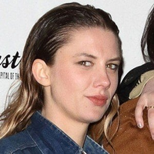 Ellie Rowsell 3 of 4
