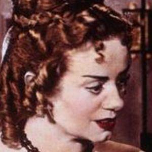 Elsa Lanchester 4 of 5