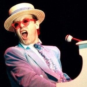 Elton John 9 of 10