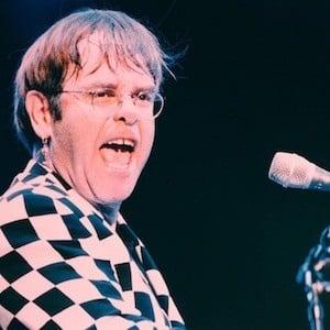 Elton John 10 of 10