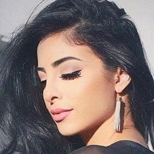 Elwa Saleh 2 of 6