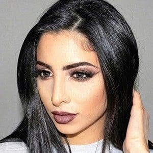 Elwa Saleh 6 of 6
