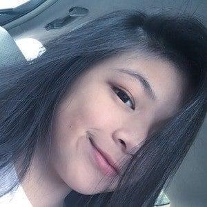 Elyn Leong 5 of 10