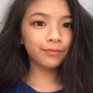 Elyn Leong 7 of 10