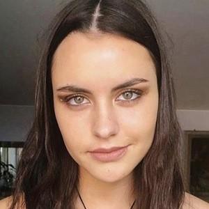 Emilia Dides 4 of 6