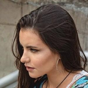 Emilia Dides 6 of 6