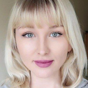Emilia Lee 10 of 10