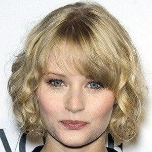 Emilie De Ravin 4 of 10