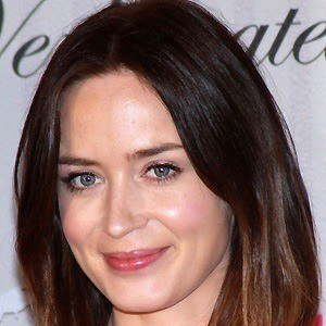 Emily Blunt 4 of 10