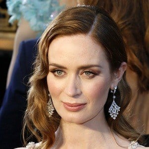 Emily Blunt 8 of 10