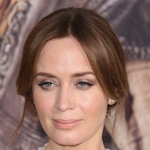 Emily Blunt 9 of 10