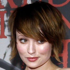 Emily Browning 8 of 9