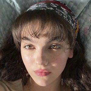Emily Carey Headshot 8 of 10