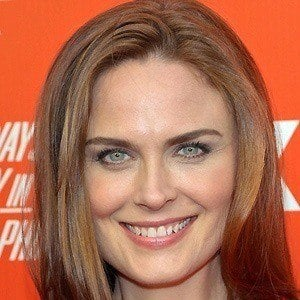 Emily Deschanel 2 of 10