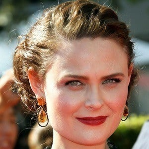 Emily Deschanel 4 of 10