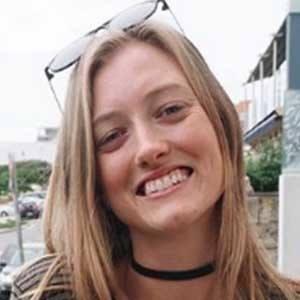 Emily Hunt 4 of 6