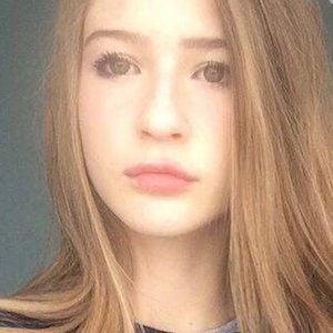 Emily Jade 5 of 5