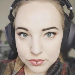 Emily Krumlinde 2 of 6