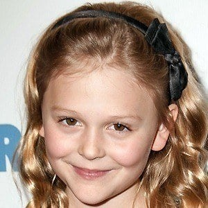 Emily Alyn Lind 2 of 9
