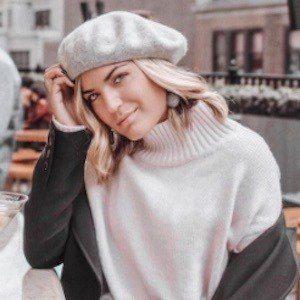 Emily Luciano Headshot 6 of 10