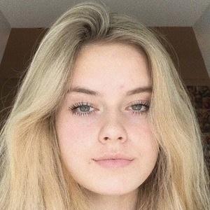 Emily Munyak 2 of 10