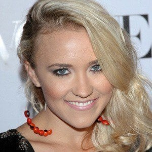 Emily Osment 2 of 10