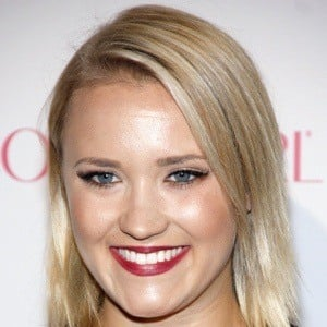 Emily Osment 7 of 10