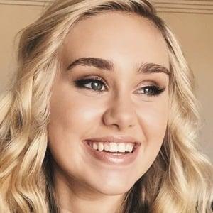 Emily Skinner 6 of 10