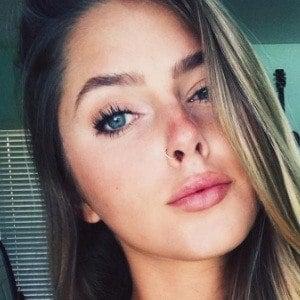 Emily Zeck 2 of 7