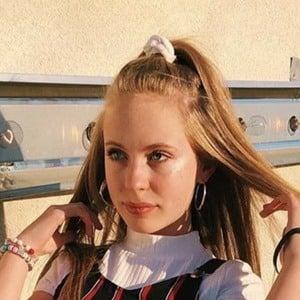 Emma Claire Wynn 2 of 6