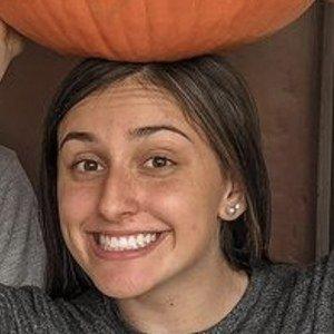 Emma Gaedele Headshot 2 of 10
