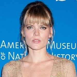 Emma Greenwell 3 of 4