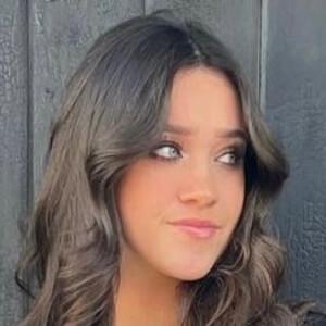 Emma Linnea 2 of 4
