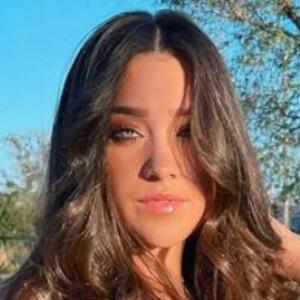 Emma Linnea 4 of 4