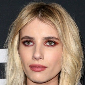 Emma Roberts - Bio, Facts, Family | Famous Birthdays