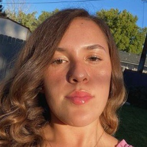 Emma Sosa Headshot 7 of 10