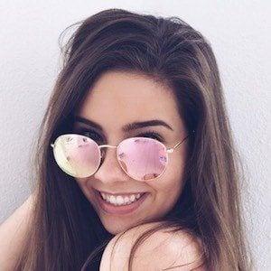 Emma Topp 2 of 6