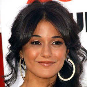 Emmanuelle Chriqui 8 of 10