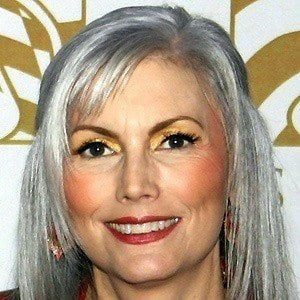 Emmylou Harris 5 of 8