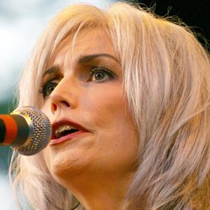 Emmylou Harris 8 of 8
