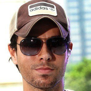 Enrique Iglesias 2 of 10
