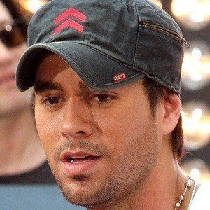Enrique Iglesias 3 of 10