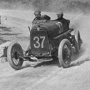 Enzo Ferrari 4 of 5